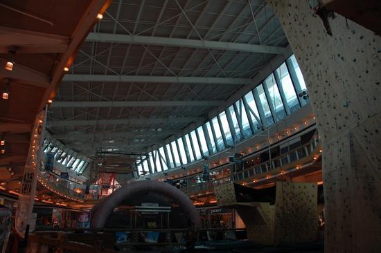 Intérieur du Mall Deportivo